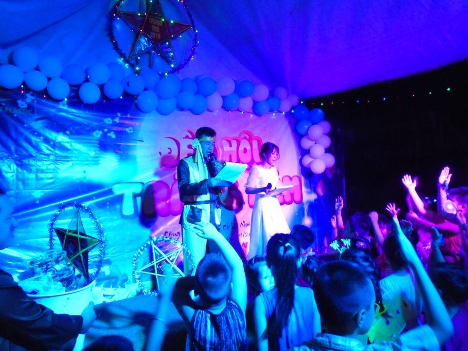 Hết nấc với Đêm Hội Trăng Rằm Công ty Nhựa Bình Thuận