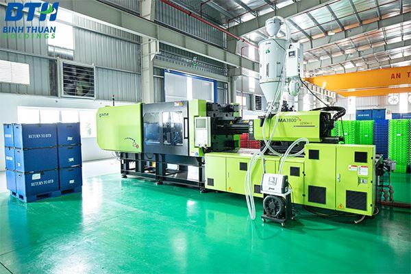 Đơn vị sản xuất thùng nhựa công nghiệp giá rẻ