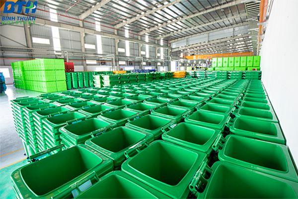 Công ty sản xuất thùng rác nhựa theo yêu cầu