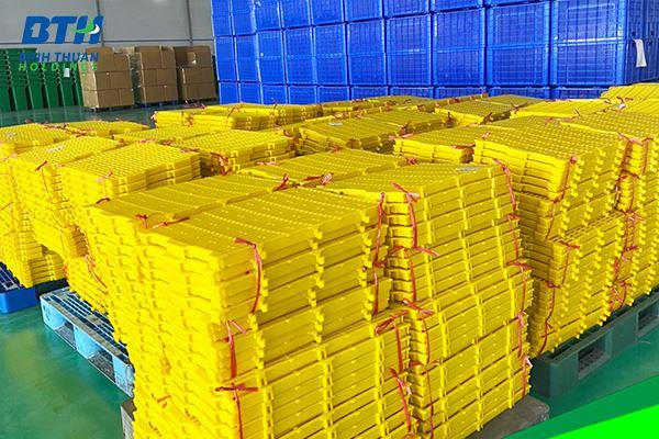 Bán sàn nhựa heo chất lượng, giá rẻ
