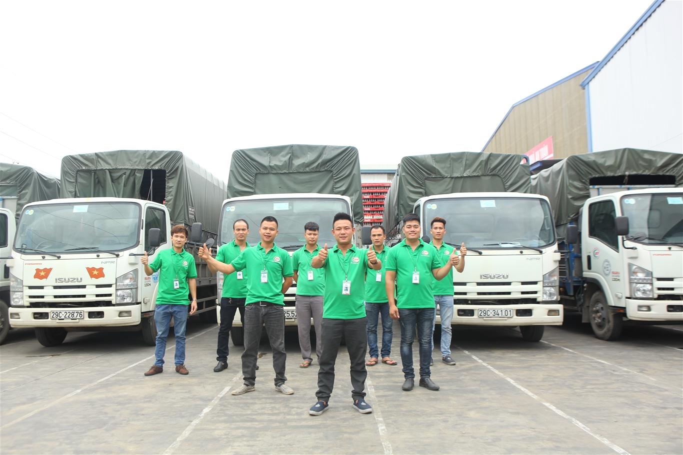Đội ngũ giao hàng nhựa Bình Thuận